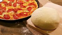 Aluat de pizza rapid, fara drojdie - Reteta VIDEO - Pas 15