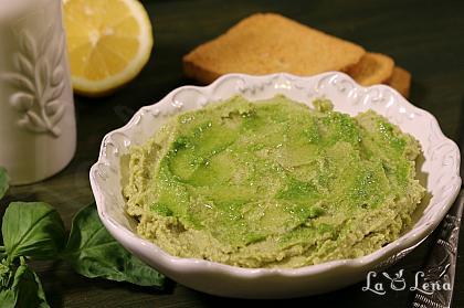 Hummus cu Pesto