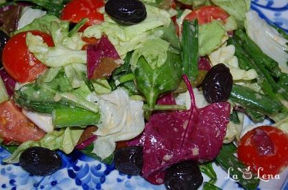 Salata de primavara cu dressing special