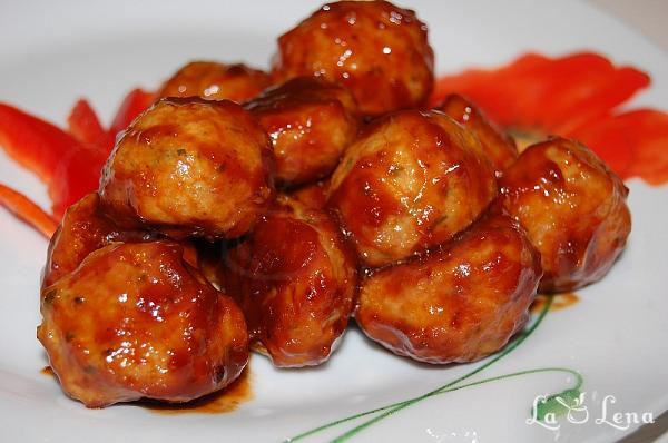 Chiftelute marinate in sos dulce-acrisor