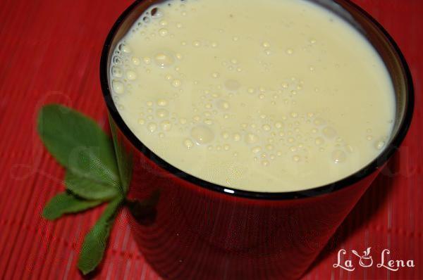 Crema de ou si lapte (Creme Anglaise)