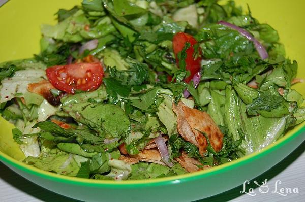 Fatoush (salata libaneza)