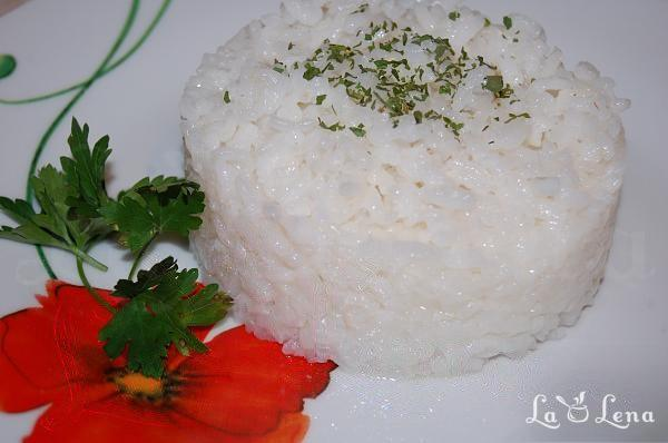 Garnitura de orez cu unt