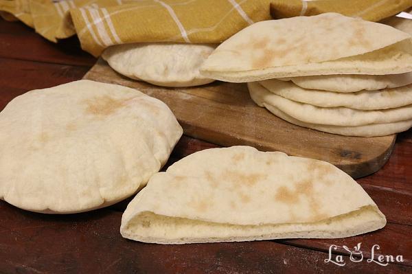 Pita Bread, sau Lipie Arabeasca