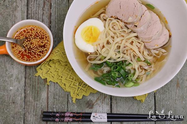 Ramen - supa japoneza cu taitei