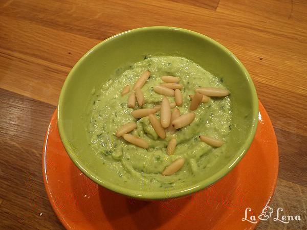 Crema de avocado cu iaurt (cu Turbo Chef)