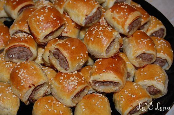 Mini pateuri cu carne