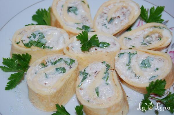 Rulada cu omleta si piept de pui