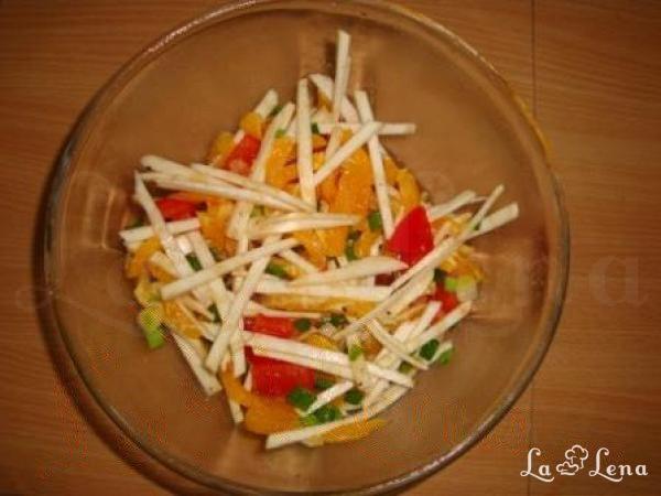 Salata cu telina si portocale