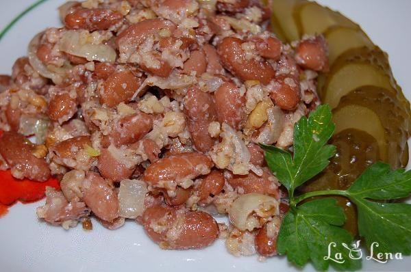 Salata de fasole cu nuci